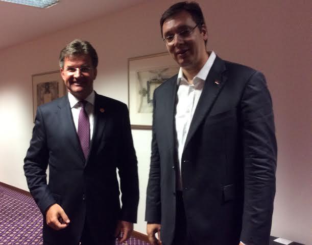 Bled: razgovarali Vučić i Lajčak