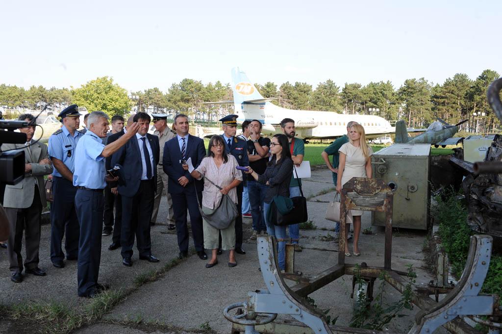 23_09_2015_MO Gasic u Vazduhoplovnom muzeju_smena direktora_foto Duska Stefanovic;