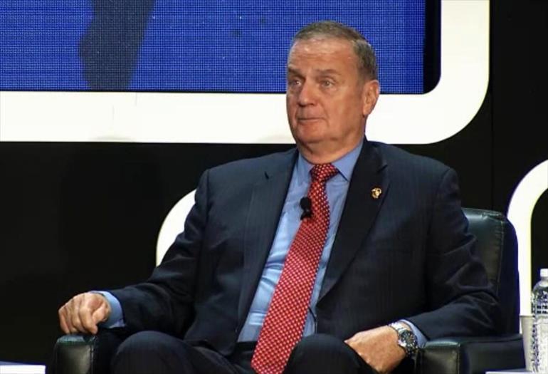 Američki general Džems Džons zahteva da Makedoniju i Crnu Goru hitno prime u NATO