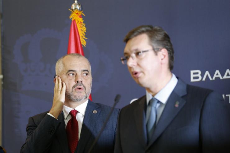 Vučićevo pismo javnosti Srbije: ne putujem u Albaniju