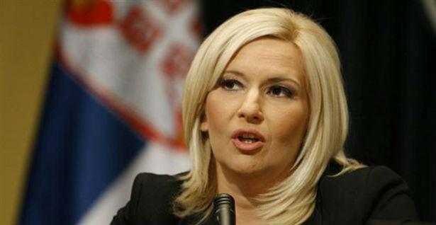 """Skupština Srbije: Radikali Zoranu """"stavili na krst"""""""