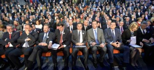 Vučić donirao Srebrenici pet miliona evra