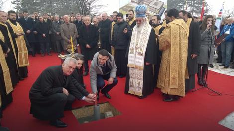 LSV: izjava predsednika Nikolića – manifestacija zapanjujućeg stepena neukosti