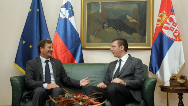 Protokol: Razgovarali Vučić i Erjavec