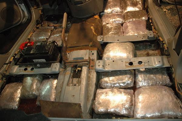 Užice: skrivala 20 kilograma marihuane ispod sedišta cirtroena
