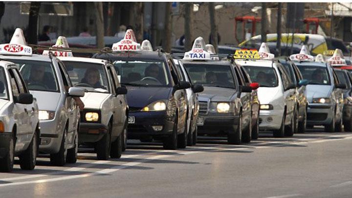 Taksisti prekinuli protest