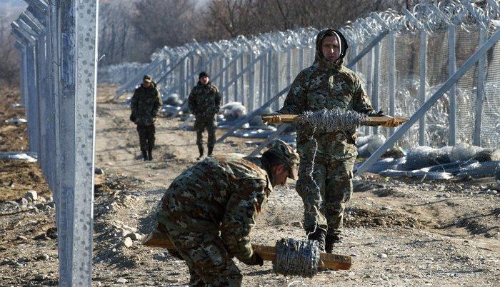 Izbeglička kriza: Makedonija duplira ogradu