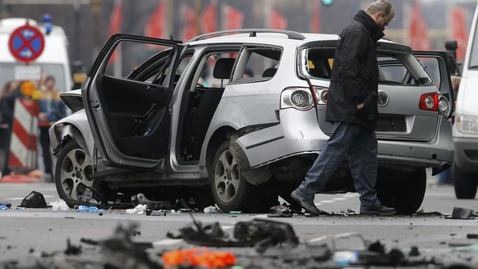 Berlin: bomba raznela automobil