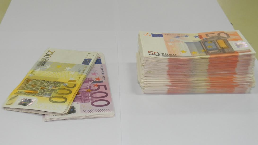 Smederevo: Uhapšen zbog rasturanja falsifikovanih novčanica evra