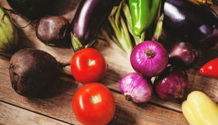Voće i povrće – što ne treba da bacamo?