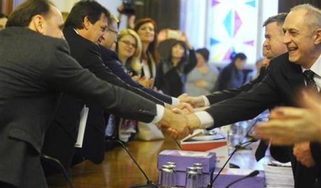 Izbori 2016: RIK proglasila 10 izbornih lista