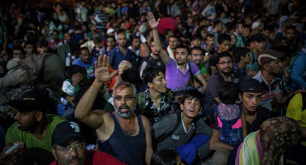 UNHCR redefiniše ulogu u grčkoj uz početak sprovođenja dogovora između EU i Turske