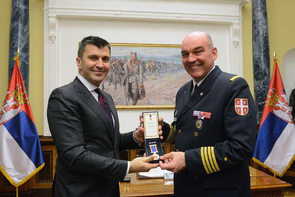 Uručena odlikovanja pripadnicima Ministarstva odbrane i Vojske Srbije
