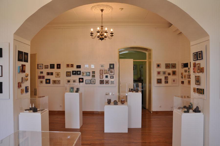 Šesnaestog aprila otvara se Trinaesto međunarodno bijenale umetnosti minijature u Gornjem Milanovcu