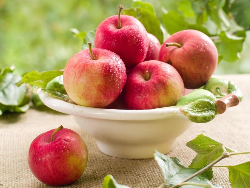 Jedite jabuke one su lek