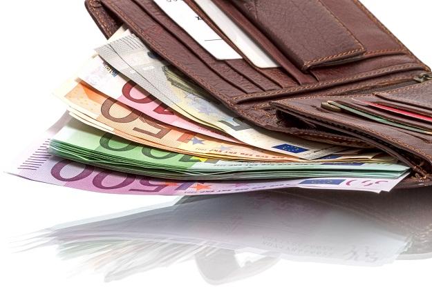 Ekonomisti evrozone predlažu – 500 evra svakom građaninu na dar