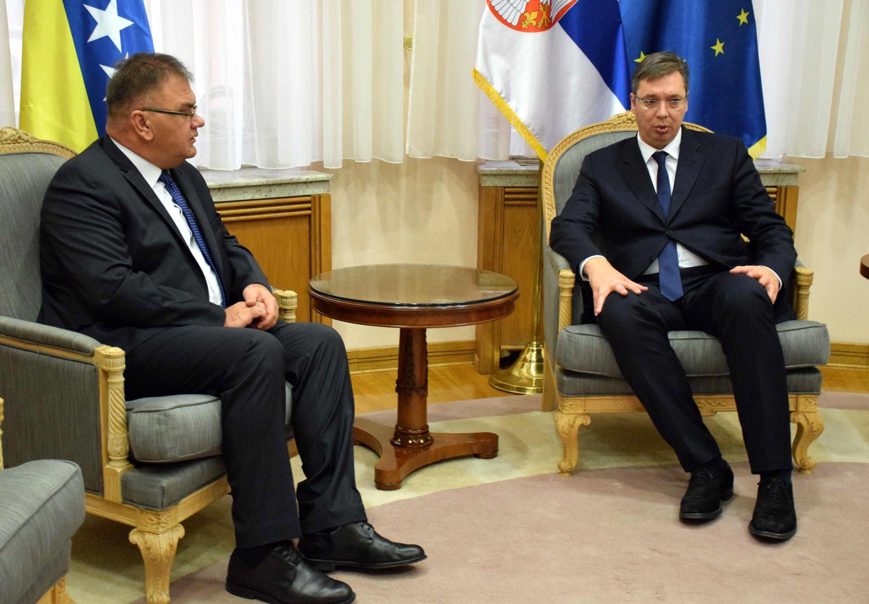 Aleksandar Vučić sastao se sa Mladenom Ivanićem