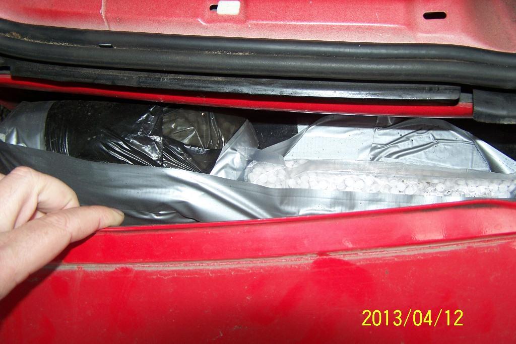U automobilu holandskih oznaka otkriven paket sa 20 kilograma droge
