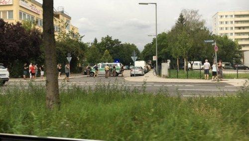 Minhen:Pucnjava u šoping centru