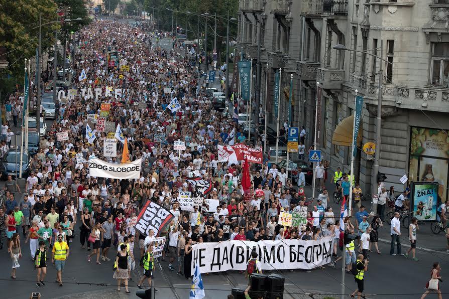 """Sinoć u Beogradu  protest """"Beograd NIJE MALI"""""""