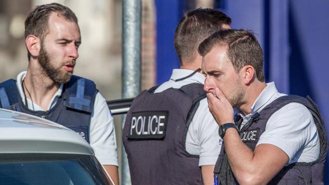 Belgija: napadač s mačetom preminuo