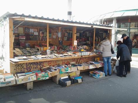 Izdavači traže zabranu ulične prodaje polovnih udžbenika