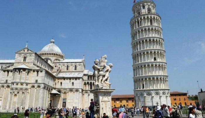 Italija: građani protiv izgradnje džamije pored krivog tornja u Pizi
