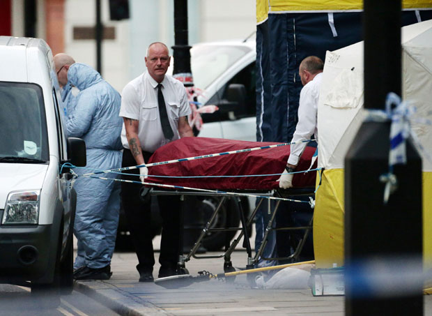 London: nožem ubadao prolaznike