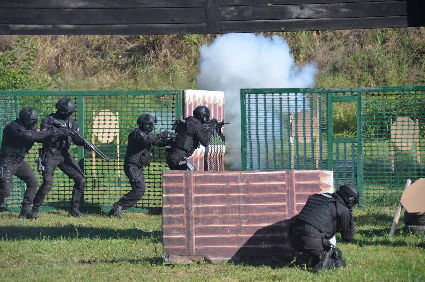 """""""Jugoinport SDPR"""" poklonio opremu antiterorističkoj jedinici MUP-a"""