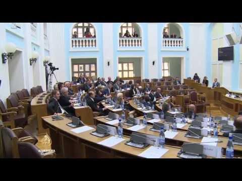 Skupštine Srbije: nezadovoljna opozicija izvan sale!