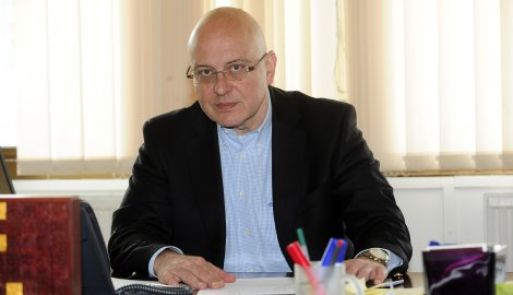 Kultura i informisanje:Vladan Vukosavljević