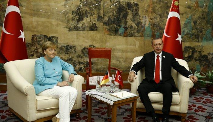 Na marginama Samita G20 sastali se Erdogan i Merkelova