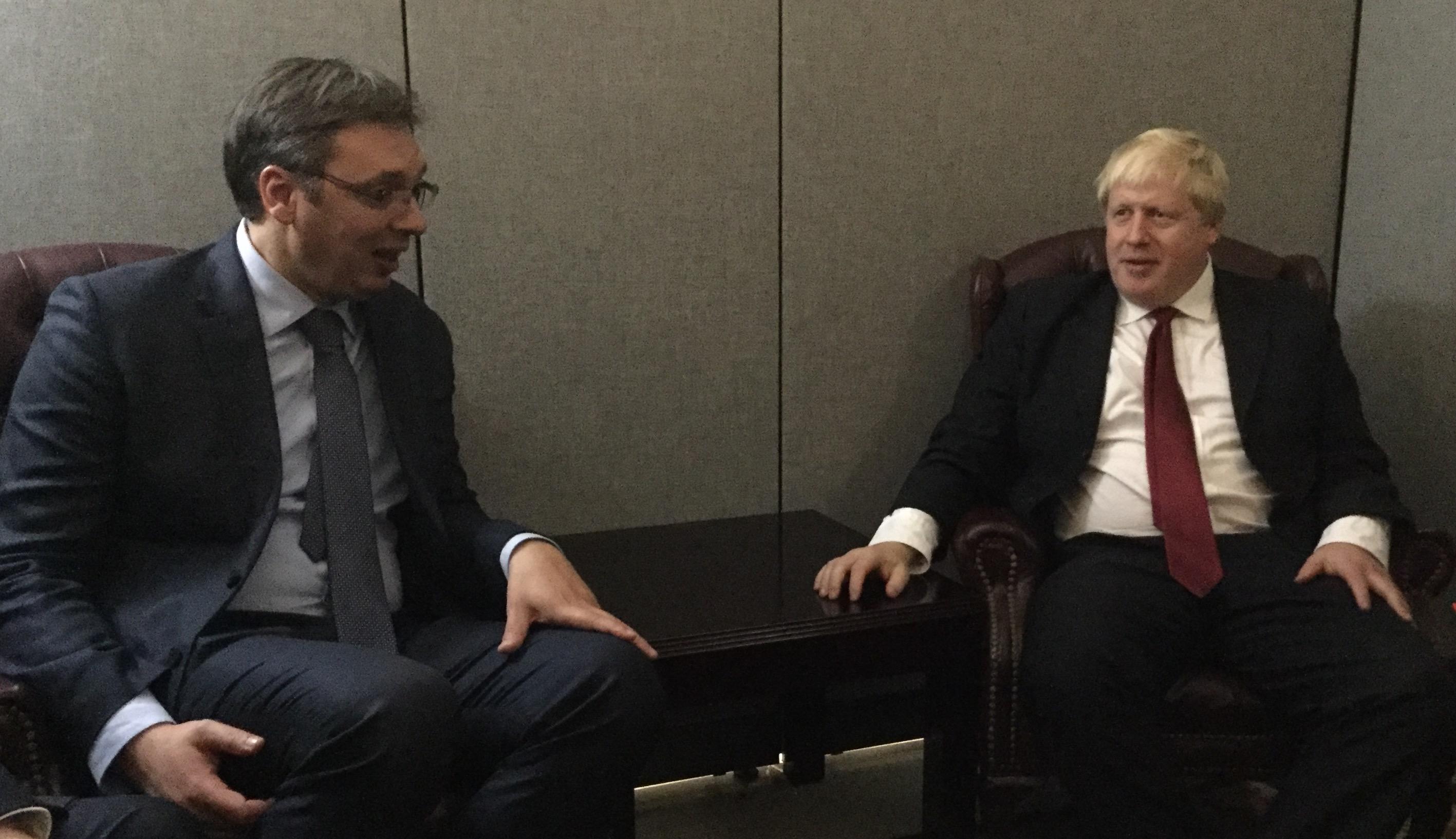 Vučič razgovarao sa Borisom Džonsonom