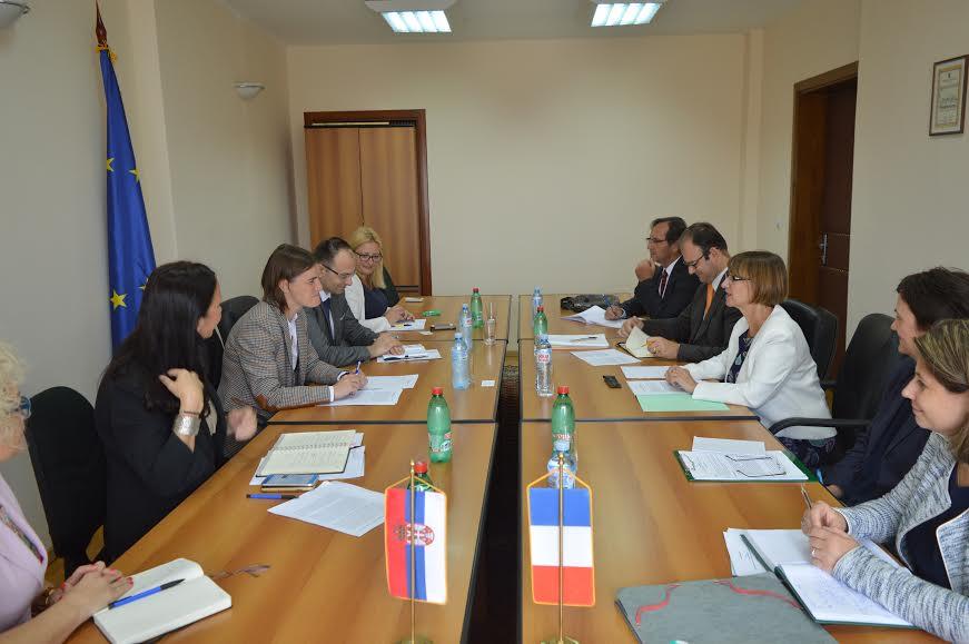 Ministarka Ana Brnabić razgovarala sa ambasadorima Francuske i Velike Britanije