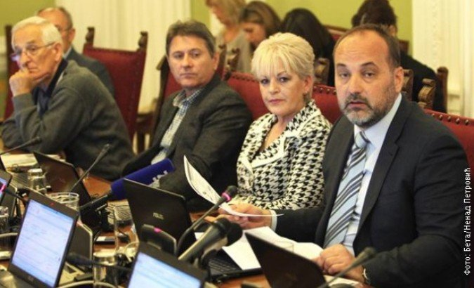 Podela u Odboru za pravosuđe, državnu upravu i lokalnu samoupravu – opozicij hvali, pozicija napada