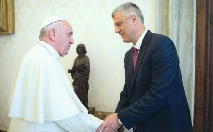 Koha Ditore: Papa Franjo primio Hašima Tačij i Isu Mustafu