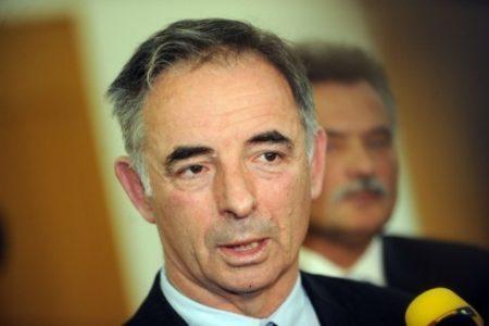 Ili on ili Hasnbegović:: Mlord Pupovac