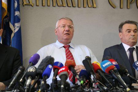 POVEZANO Predsednik Srpske radikalne stranke, Dr Vojislav Šešelj podržava referendum Republike Srpske