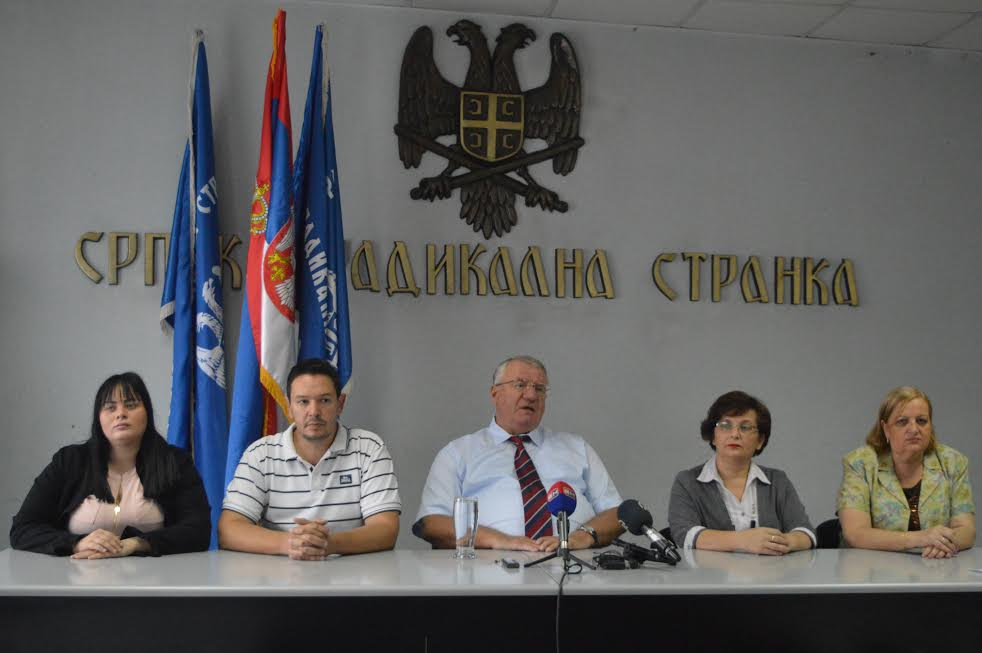 Šešelj poziva građne RS da izađu na referendum
