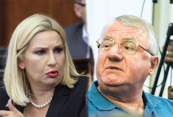 Skupština Srbije: Šešelj traži zatvor sa Zoranu Mihajlović