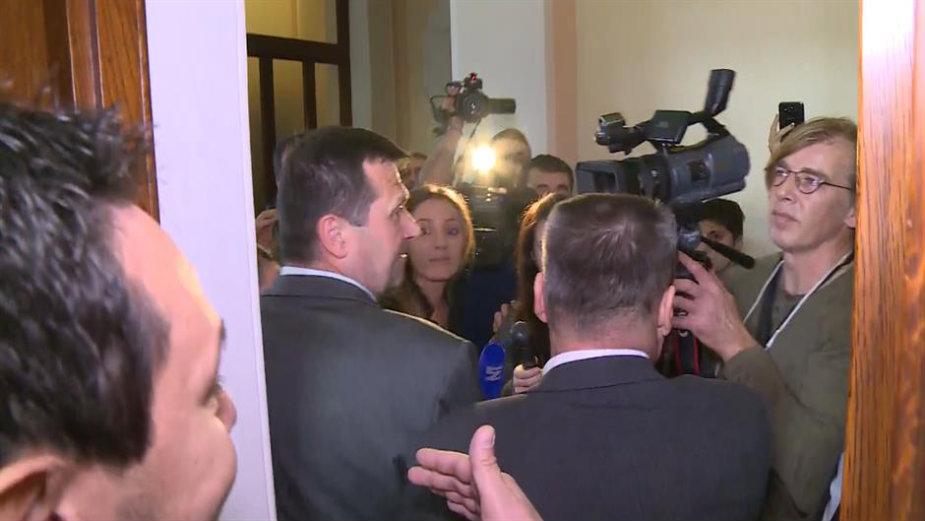 Skupština Srbije: Trećina administrativnog odbora traži smenu Aleksandra Martinovića
