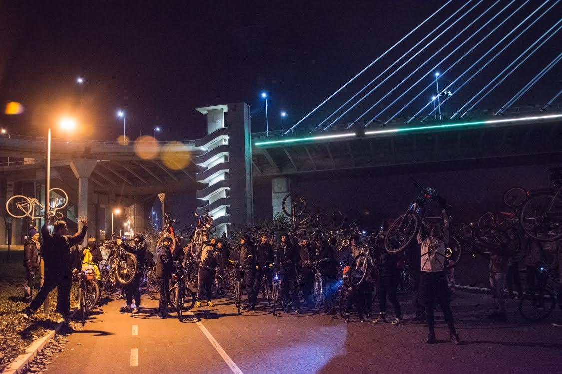 Biciklisti traže  da konačno prorade liftovi na mostu na Adi