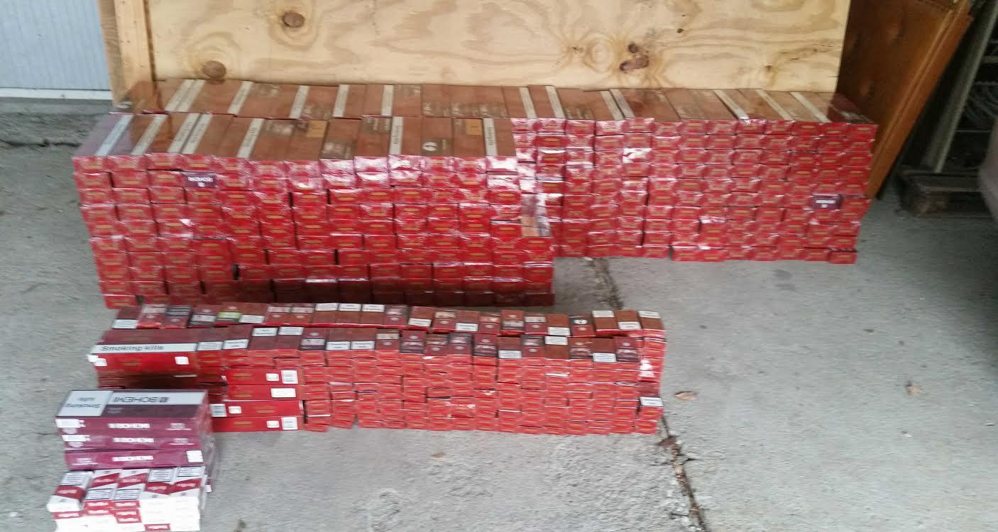 Zaplenjeno 4.474 paklica cigareta bez akciza