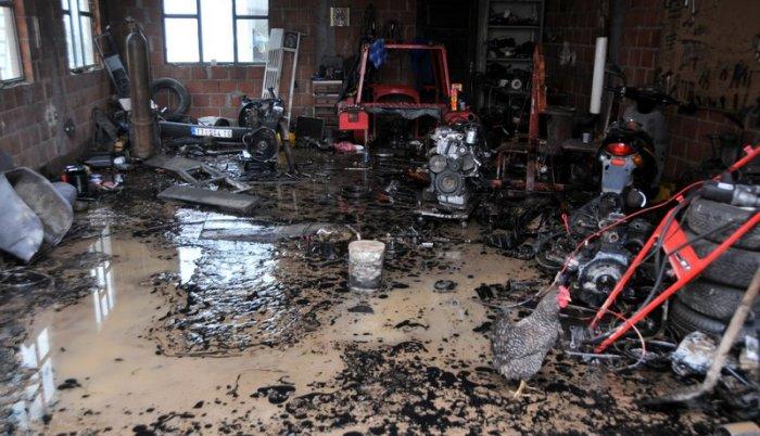 Crveni krst Srbije: Pomoć poplavljenima u Sjenici i Tutinu