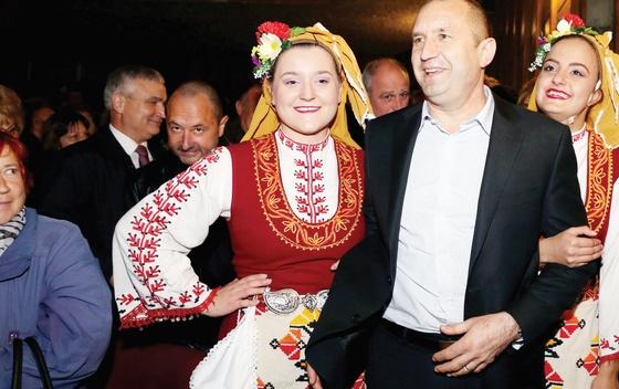"""Drugi krug: Bugari se """"vraćaju"""" Rusiji?"""