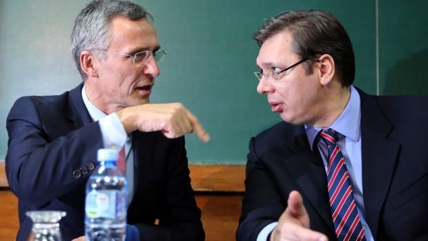Razgovarali Vučić i Stoltenberg