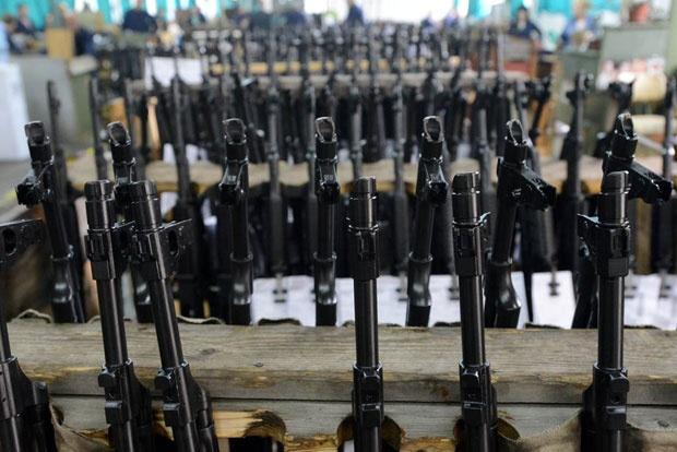 Uhapšeni kradljivci oružja iz magacina VS