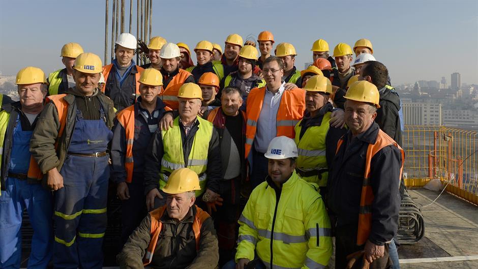Vučić posetio graditelje Beograda na vodi
