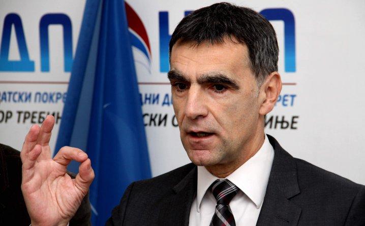 Zdravko Krsmanović: Srbija uvodi sankcije Dodiku – posle izbora