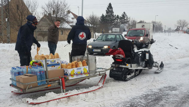 Crveni Krst: pomoć porodicama na zavejanim područjima